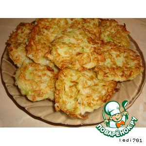 Рецепт: Оладьи из кабачков и капусты