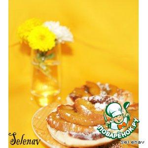 Рецепт: Слоеные тарталетки с шоколадом и нектаринами