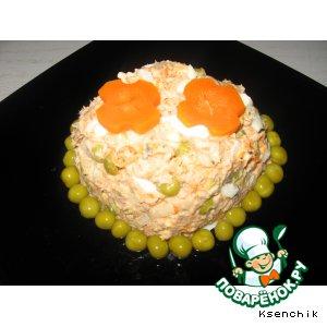 Рецепт: Салат из горбуши с зелeным горошком