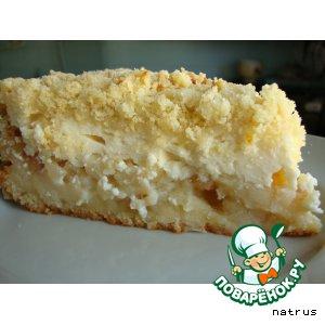 Рецепт: Яблочно-творожный пирог с йогуртом и штрейзелем