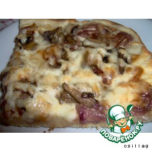 Рецепт: Пицца с луковой и грибной начинкой