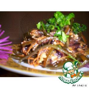 """Рецепт: Салат из морской капусты и сухофруктов """"Восторг"""""""