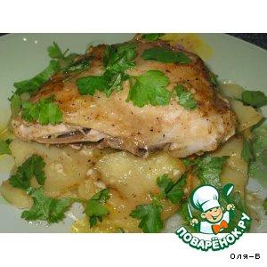 Рецепт: Куриные окорочка с картошкой, запеченные в конвертиках