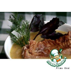 Рецепт: Зимний суп-пюре с копчеными ребрами