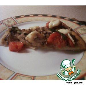 Рецепт: Пицца с курицей и грибами