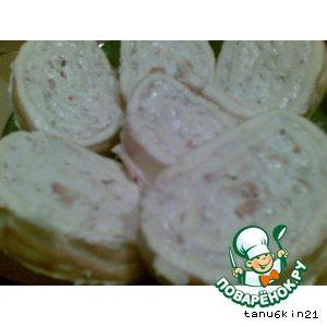 Рецепт: Яичный рулет с сыром