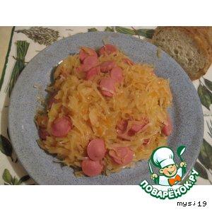 Рецепт: Тушеная капуста с сосисками