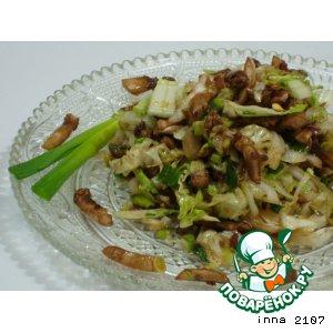 Рецепт: Салат из пекинской капусты с шампиньонами