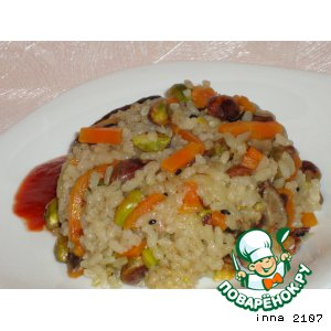 Рецепт: Постный рис с грибами и фисташками