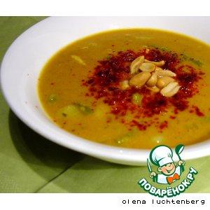 Рецепт: Арахисовый суп с овощами и курицей