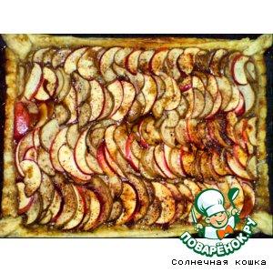Рецепт: Грушево-яблочный слоеный пирог