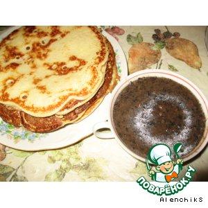 Рецепт: Блины дрожжевые с грибным соусом