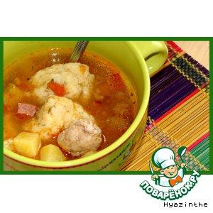 Рецепт: Рыбный суп с манными клецками