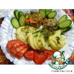 Рецепт: Мясные колобки с картошкой