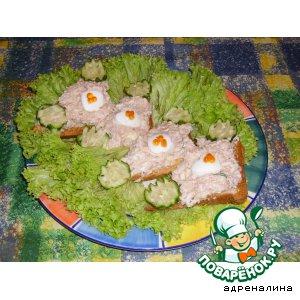 Рецепт: Паштет из семги на тостах