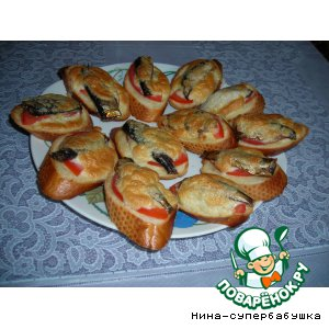 Рецепт: Горячие бутерброды со шпротами
