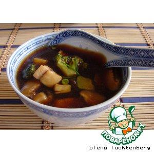 Рецепт: Кисло-сладкий суп с шиитаке и рыбой