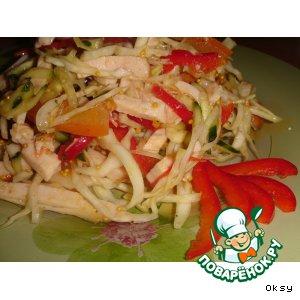 Рецепт: Салат с капустой и копченой куриной грудкой