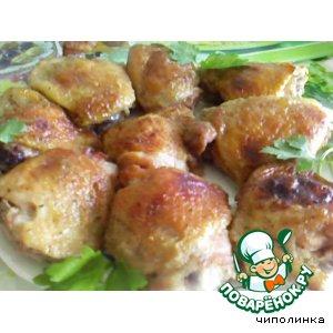 Рецепт: Куриные бедрышки в пикантном соусе
