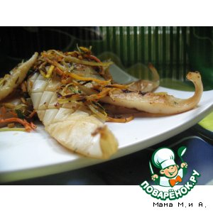 Рецепт: Закуска из жареного с овощами кальмара в китайском стиле