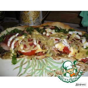 Рецепт: Сочная пицца с тонким донышком и хрустящей корочкой