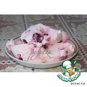Творожно-сливочный десерт с вишней