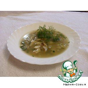 Рецепт: Суп из цыпленка с яблоком и черносливом