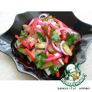 Рецепт: Салат с сельдью и овощами