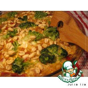 Рецепт: Рыба с овощами и арахисом в сливочно-сырном соусе