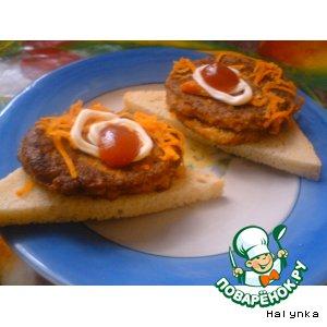 Рецепт: Котлеты из кильки в томатном соусе