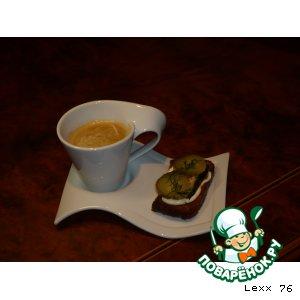 Рецепт: Бутерброды со шпротами По-калининградски