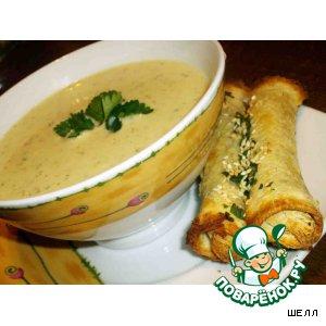 Рецепт: Суп из сельдерея с кунжутными палочками