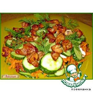 Рецепт: Огуречный салатик с курочкой