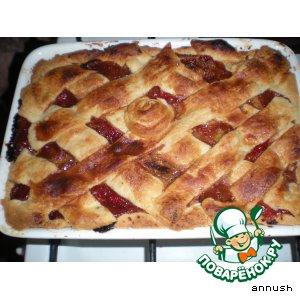 Рецепт: Клубнично-персиковый пирог