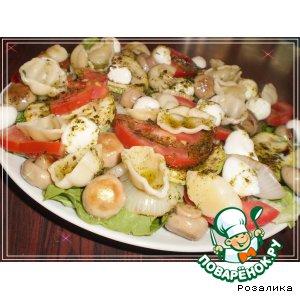 Рецепт: Летний салат с пастой конкилье и моцареллой