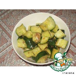 Рецепт: Салат из огурцов Ве-ча