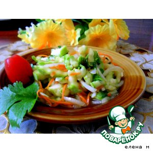 Рецепт: Острый салат из молодых кабачков