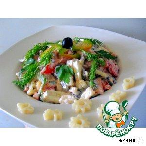 Рецепт: Макаронный салат с ветчиной и овощами