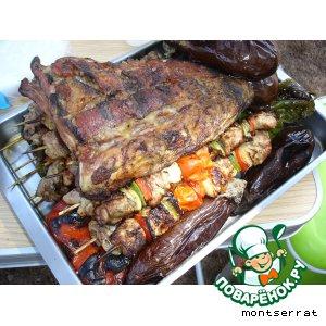 Рецепт: Свинина и овощи, жаренные на углях