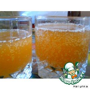 Рецепт: Квас домашний с лимоном