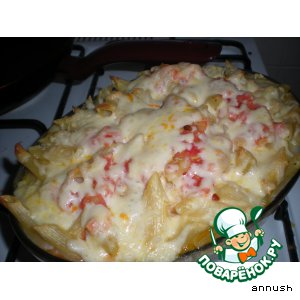 Baked pasta with smoked chicken