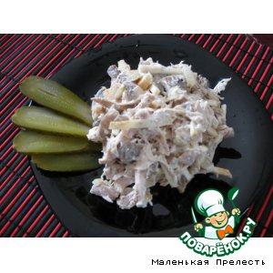 Рецепт: Салатик с курочкой и грибами