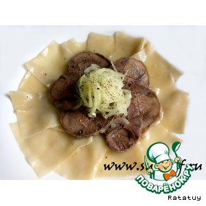 """Рецепт: Бешбармак из конской колбасы """"Казы"""""""