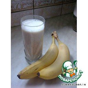 Рецепт: Миндально-банановый коктейль