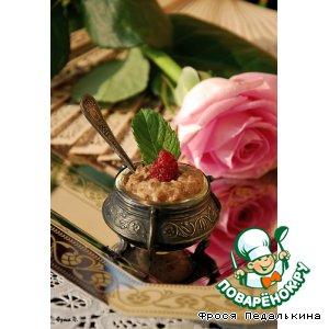Рецепт: Десерт Розовый крем из лепестков роз