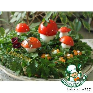 """Рецепт: Закусочный грибной торт """"Лесная полянка"""""""