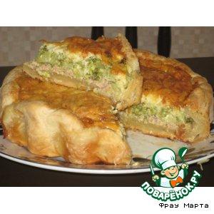 Рецепт: Пирог с рыбой и брокколи