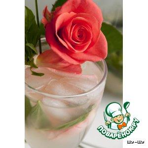 Рецепт: Базиликовый лимонад Розовый вечер