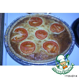 Рецепт: Открытый пирог с начинкой из яиц, с сыром и луком