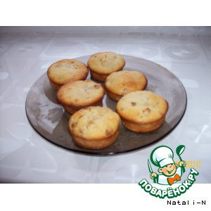 Рецепт: Творожные кексы с изюмом и курагой